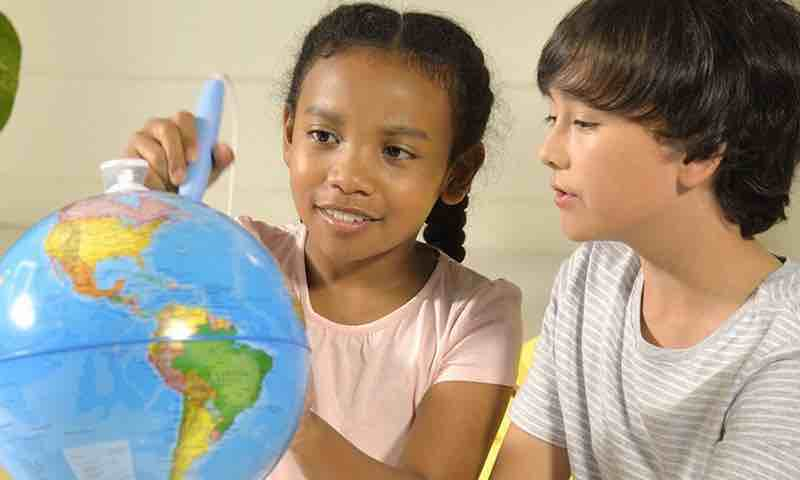 Oregon scientific Smart globe discovery. Globo terraqueo interactivo