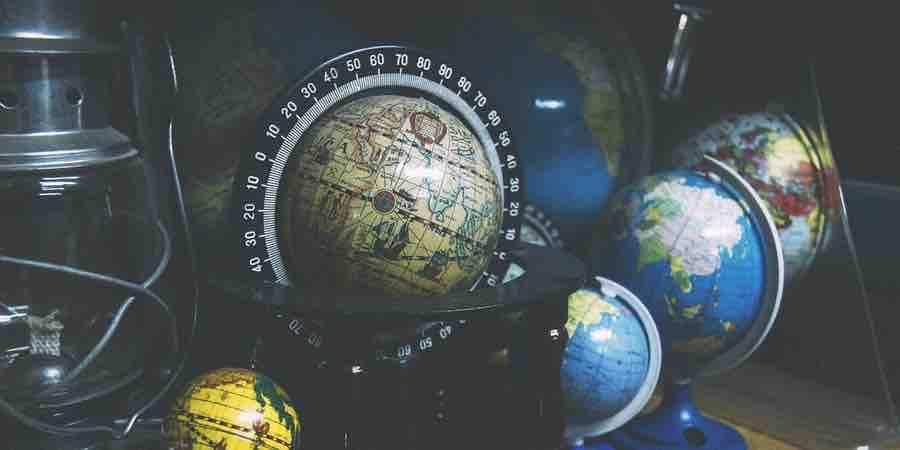Decorando con globos terráqueos, globo terrestre y sus partes, globo terráqueo y sus elementos , globo terraqueo sus partes, globo terraqueo partes, un globo terráqueo con sus partes, imagen del globo terraqueo y sus partes
