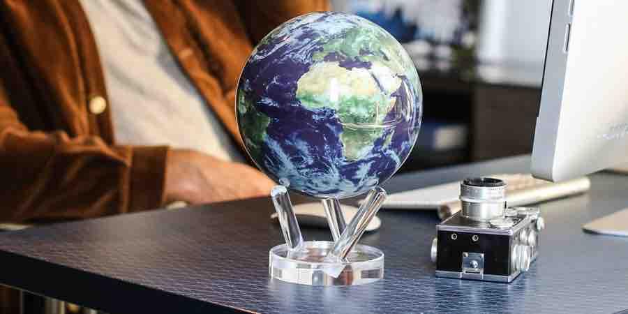 Mova earth, nova globe como funcions, globo mova, globo terraqueo movible, mova globe europe, globo terraqueo girando, globo terraqueo 3 d con movimiento